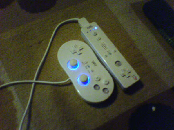 Wii HACK - Wii Controller LED Mod