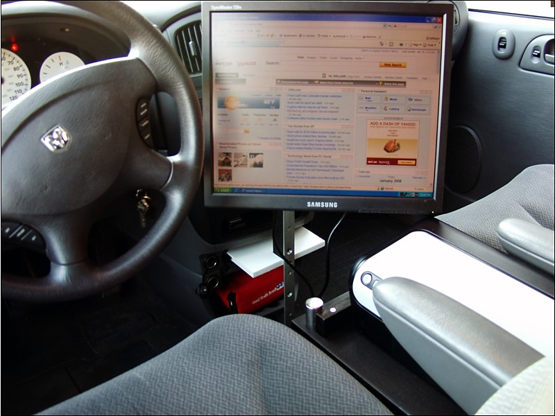 DIY HACK - HOWTO build your own in-car PC