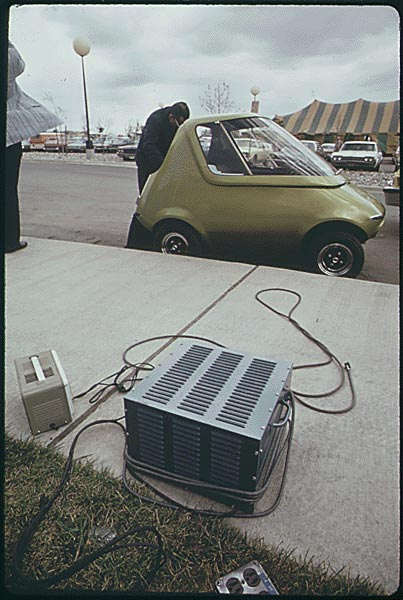 """GM's """"Urban"""" Gasoline & Electric Cars From 1973"""