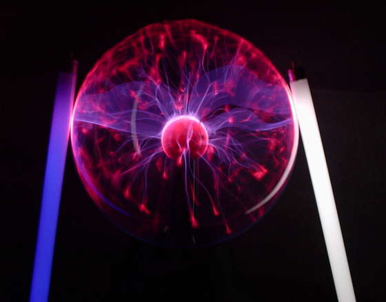 Plasma Ball Tricks - How to Play with your Plasma Ball!