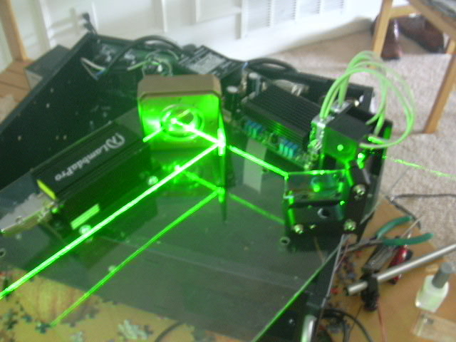 DIY Green/Red Laser Projector! » green-laser-projector-2