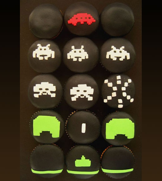 Space Invaders Cake!
