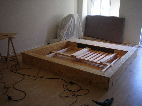 Do It Yourself Home Design: How To Make A $5000 Platform Bed From Scratch