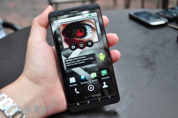 droid-x-hands-on-review