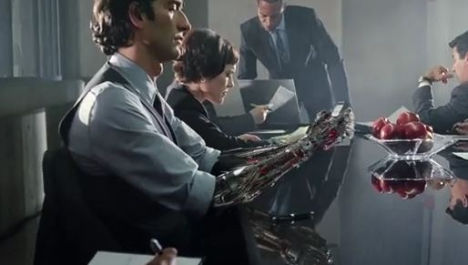 droid-2-commercial